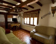 casa-rural-pernales-salon-1