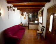 casa-rural-pernales-salon-3