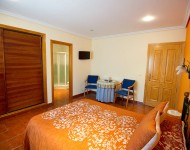 suite-hostal-guadiana-3